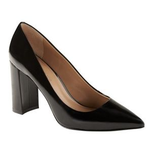 Banana republic black patent pointy block heel